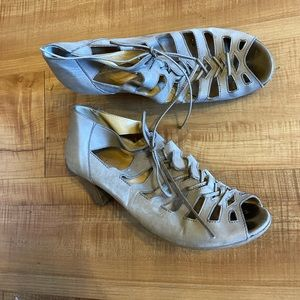 Paul Green open toe cut out heels shoes sandals
